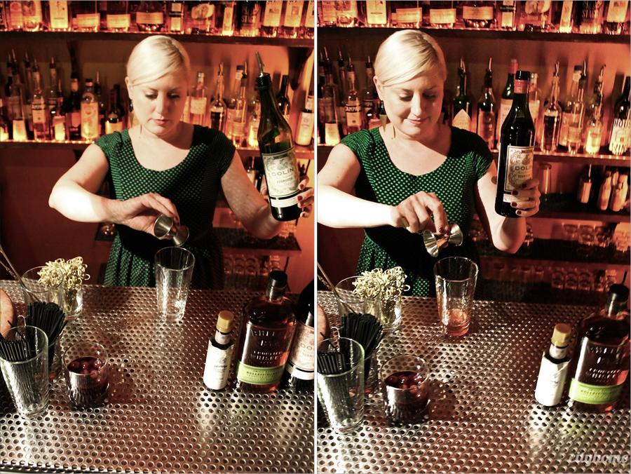 cocktails-101-manhattan-group3