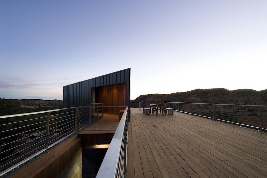 buddhist retreat deck1